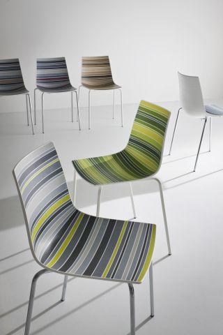 Produzione Sedie Design.Hsdesign Mostra Espositiva Itinerante Architettura Design